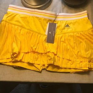 New Adidas skirt with shorts